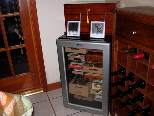 avanti wine cooler turned humidor